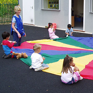 val-sabin-action-kids-training-parachute-playground